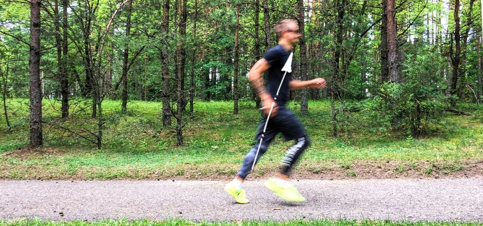 kaip bėgti, bėgimo technika, pasvirimo kampas